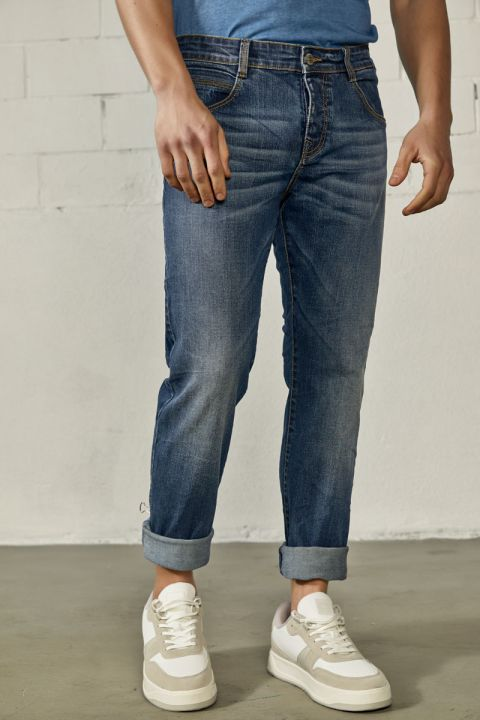 NUREN-OL JEANS, MEDIUM BLUE DENIM