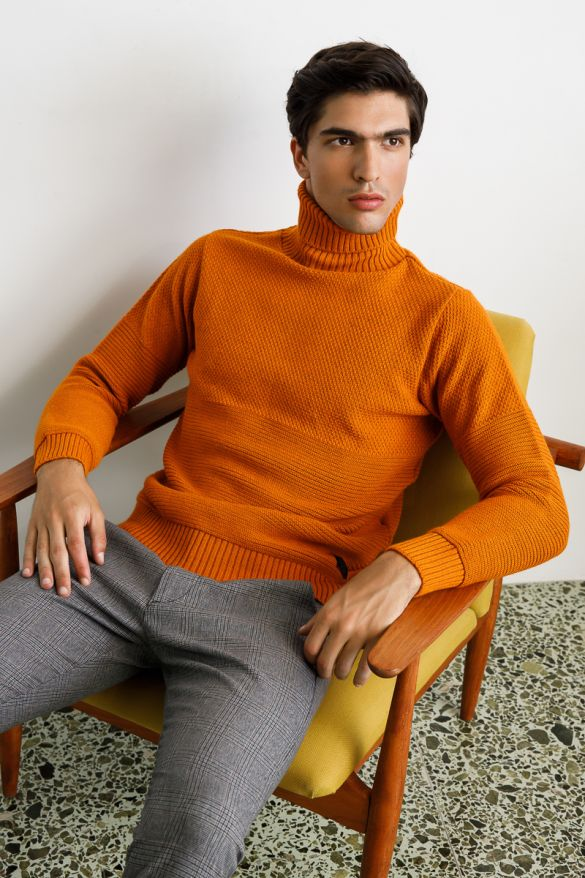 19811 Knitted Sweater