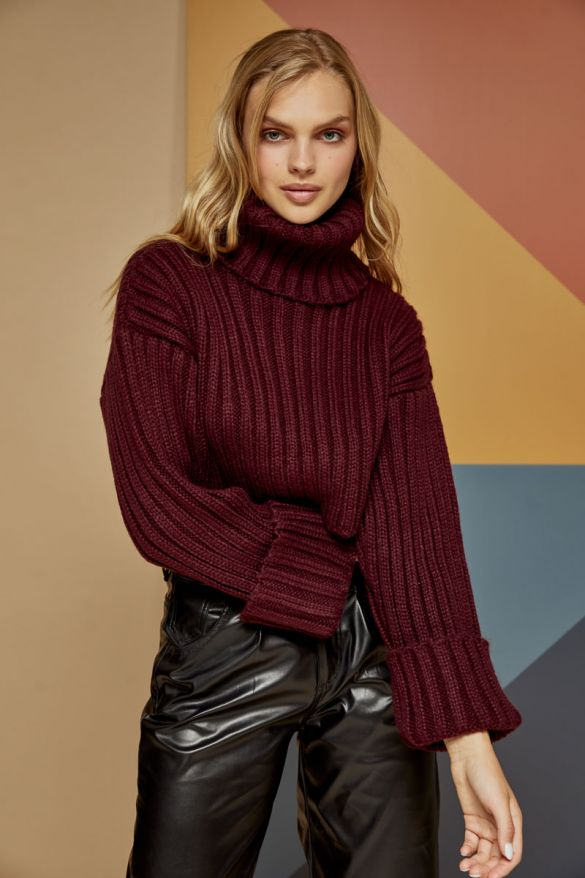Olivina Knitted Top