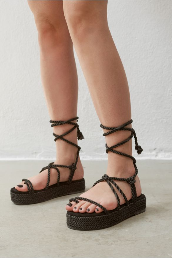 Om-6 Platform Sandals