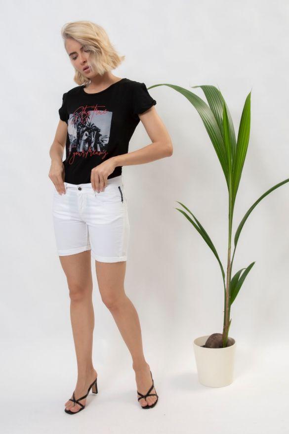 Faustina T-Shirt