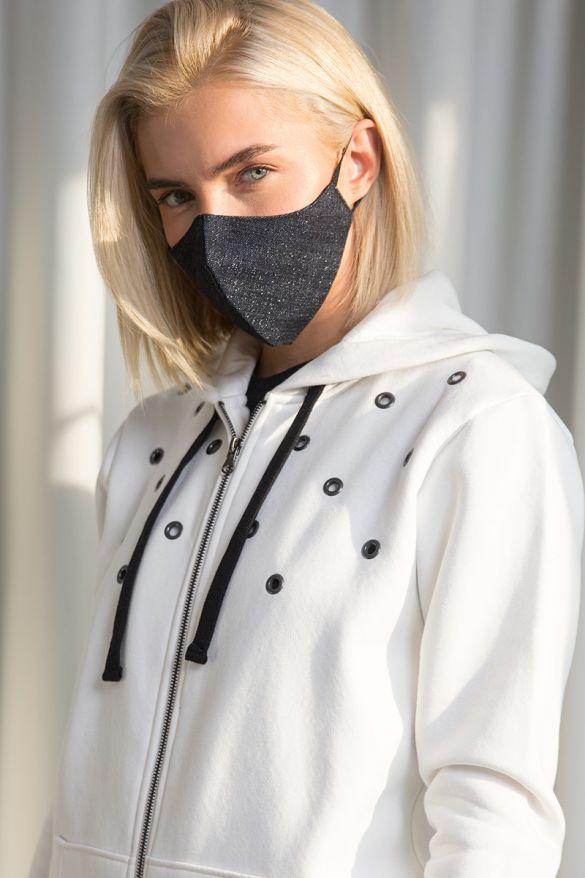 W0001 Shiny Protection Mask