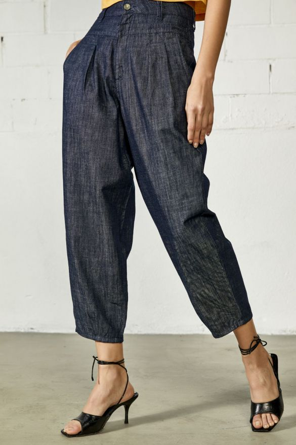 Carney-Wh Jeans