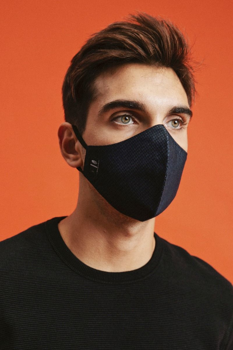013 PROTECTION MASK, TYPOS