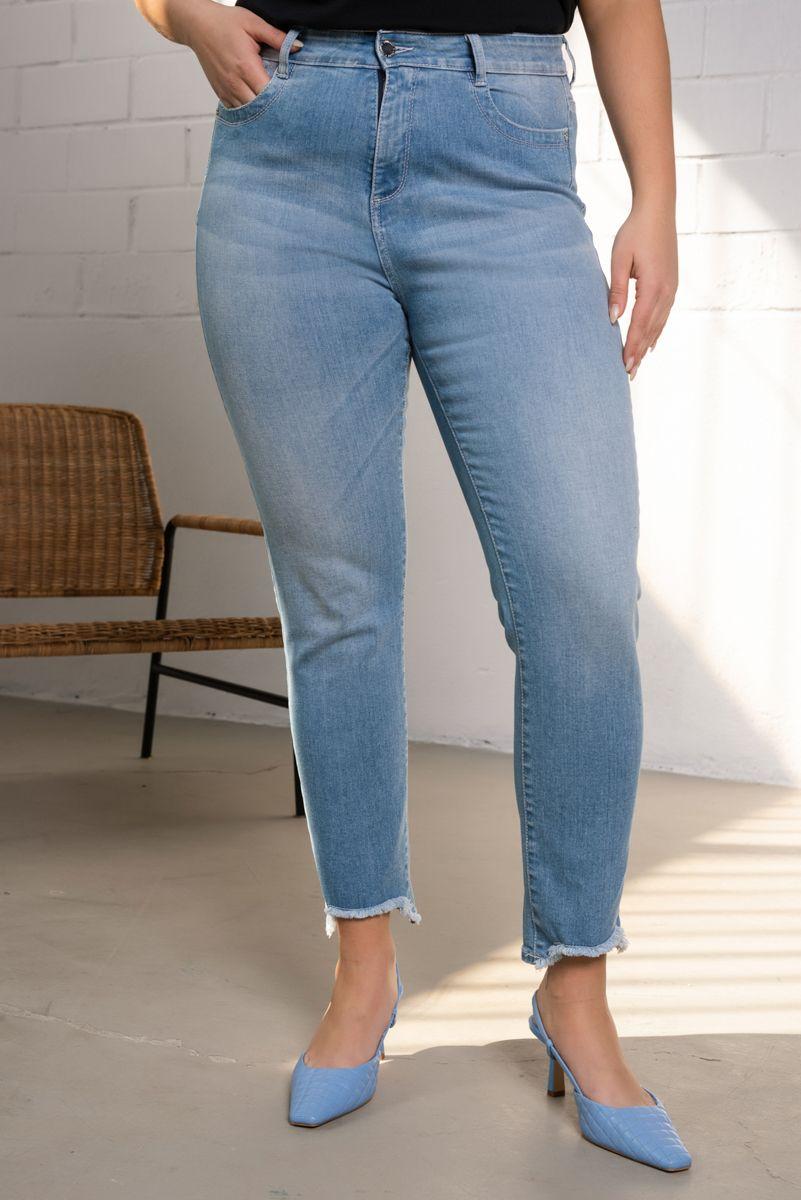 Biana-33/Ultd Jeans